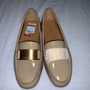 Calvin Klein nude flats/loafers
